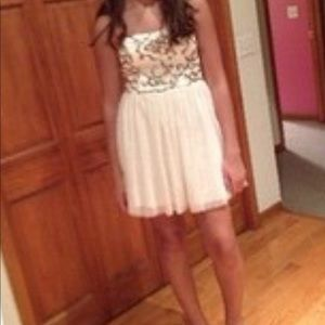 Windsor homecoming dress